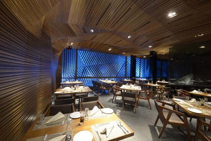 Auriga-nightclub-by-Sanjay-Puri-Architects-Mumbai-India-04