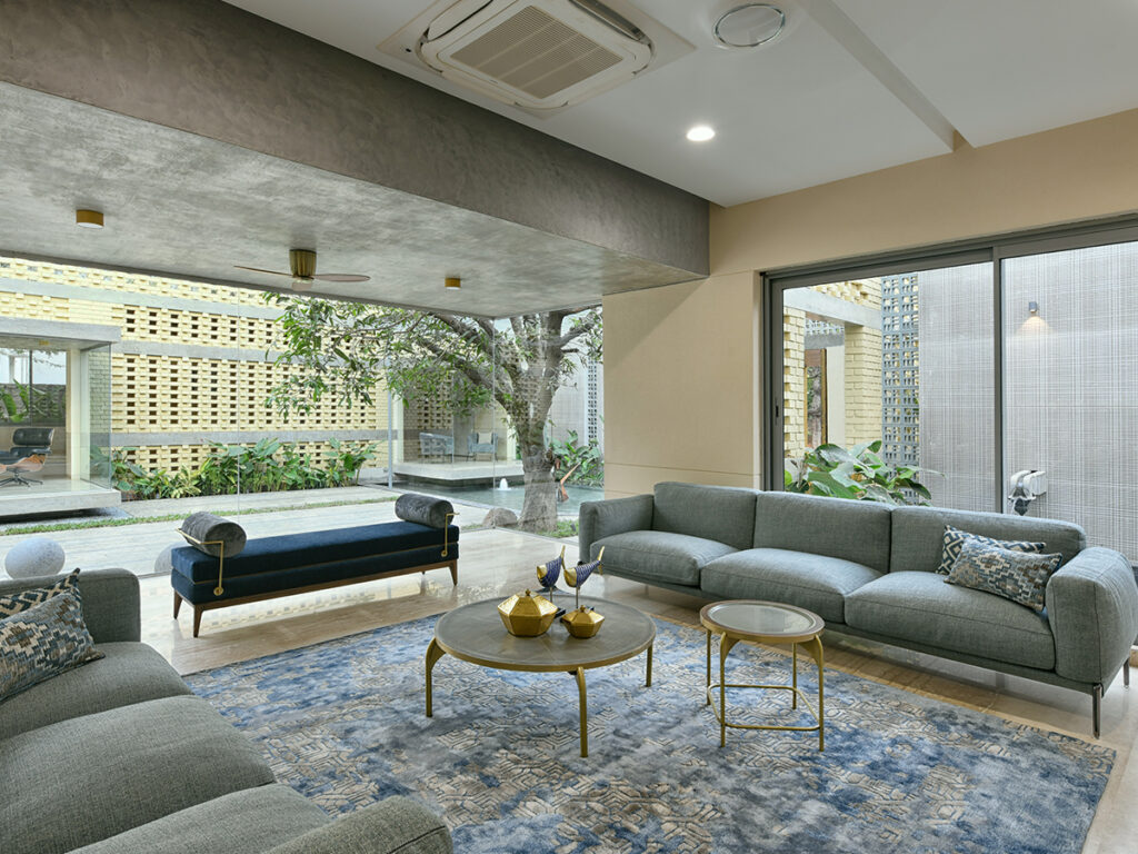 Design-Pataki-Brick-Mask-House-Hyderabad